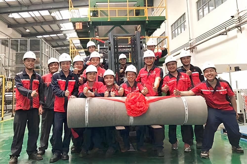 徐州东方雨虹宽幅防水卷材生产线试机成功